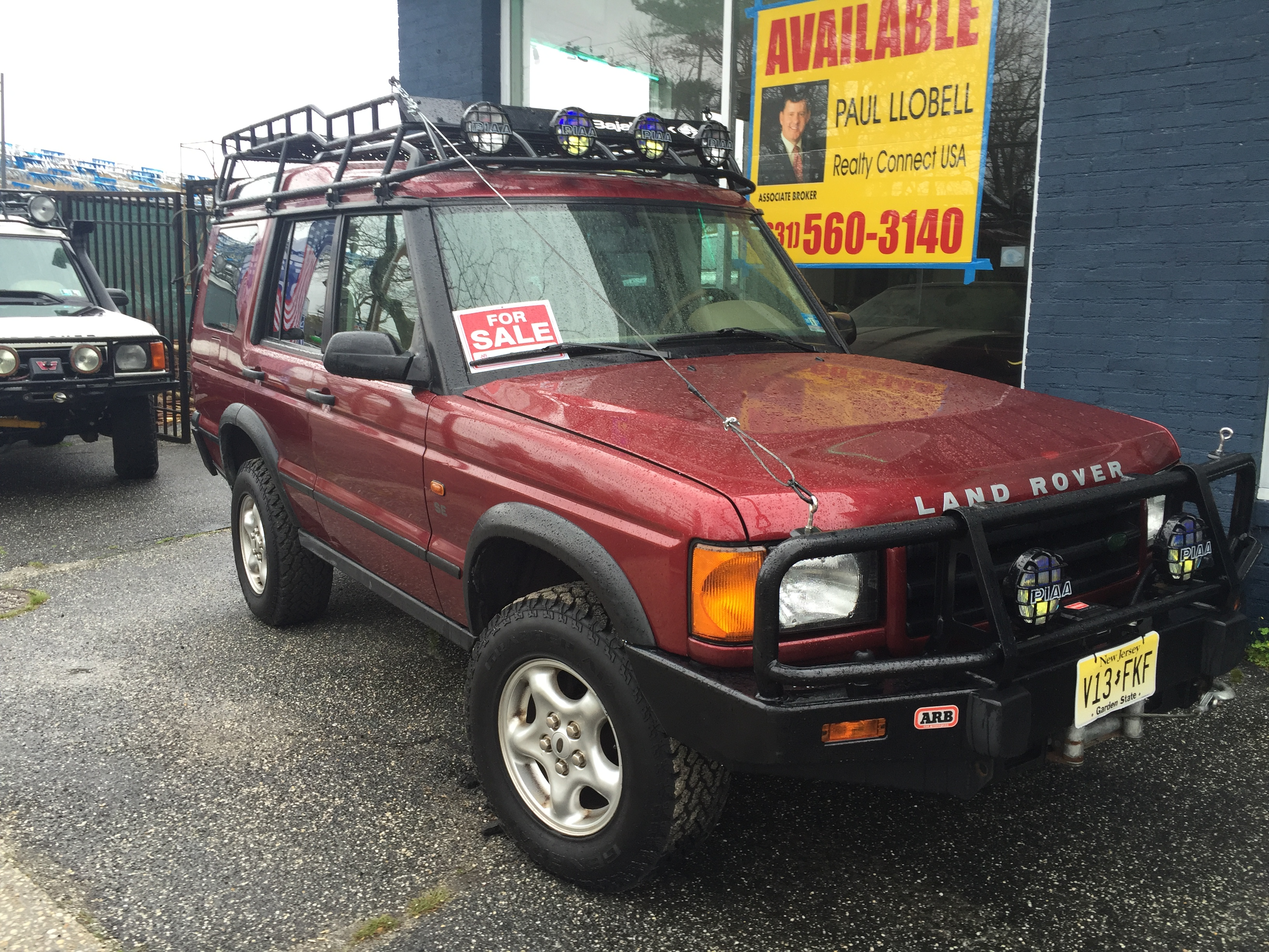 100 land rover discovery off road land rover